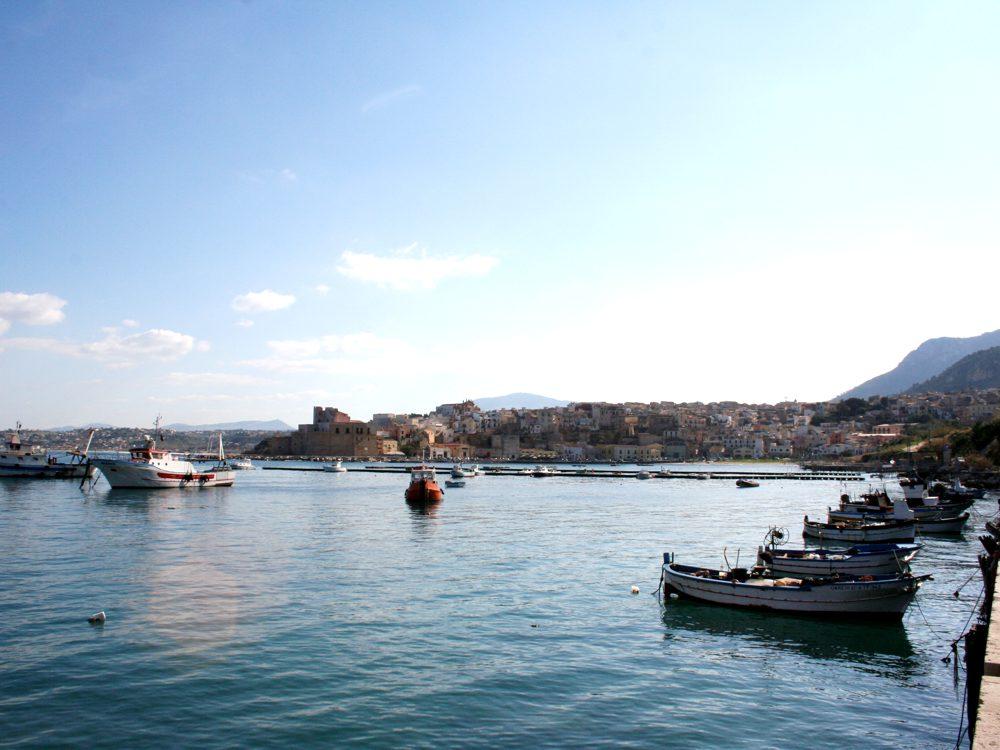 Il porto di Castellammare del Golfo